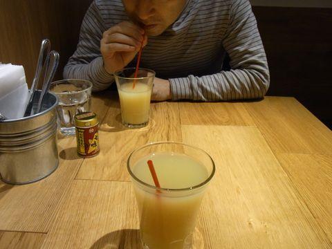 カスターニエ リンゴジュースR0015027.JPG